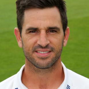 Essex defeat Northamptonshire as bad weather hits final day