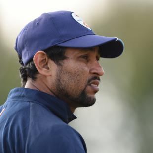 Sri Lanka's Dilshan bows out with defeat as Australia take series lead